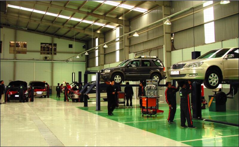 Web xưởng sữa chữa ô tô xe máy