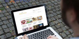 Tạo website có mất tiền hay không?